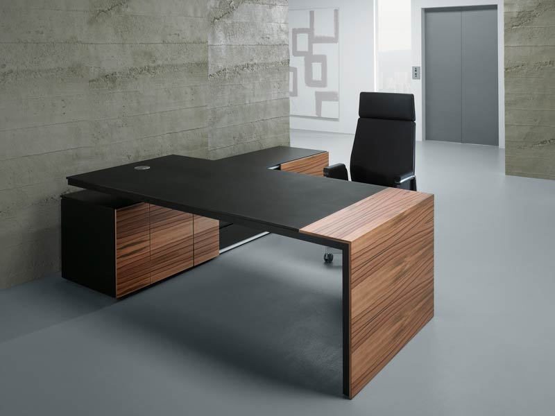 Executive Table Manufacturer in Gurugram